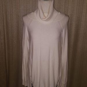 Renuar cowl neck medium $25